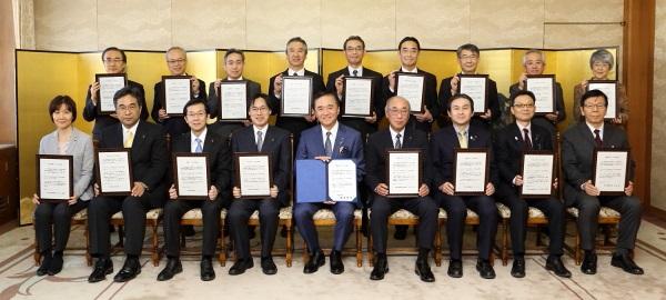 【イクボス宣言】神奈川県知事ら幹部職員21名がイクボス宣言