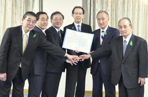 【ニュース】福島県にて県・福島労働局・県内経済4団体が「新生ふくしまイクボス宣言促進協定」を締結